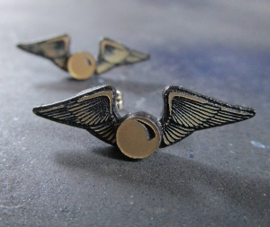 Harry potter golden snitch stud post earrings foxyfunk costume  quidditch griphendor (3)